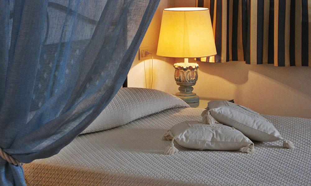 hotel-monti-di-mola-porto-cervo-costa-sardegna-suite-scirocco